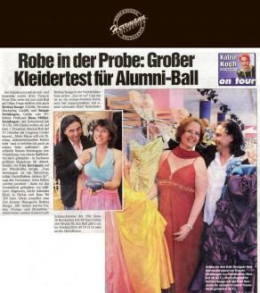 Renate Steinhagen hat's gefunden – in Sachsens größtem Modehaus für Abendkleider, bei Uwe Herrmann auf der Wilsdruffer Straße - Hochzeitsmode Dresden - Uwe Herrmann
